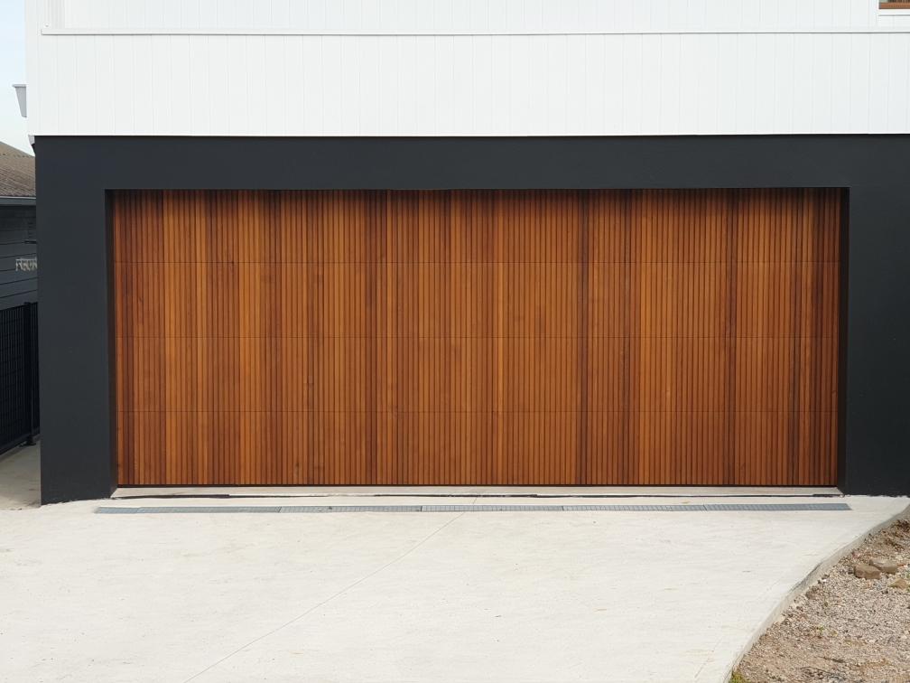 Western Red Cedar K Personality, Western Red Cedar Garage Door
